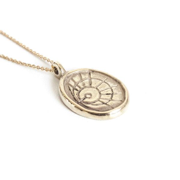 Collier Sautoir médaille Fidis, bronze.